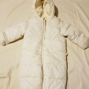 Baby Gap Snowsuit Size 18 - 24 mo EUC